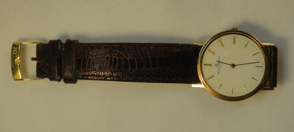 b2aee9c527e Relógio masculino suíço de pulso da marca