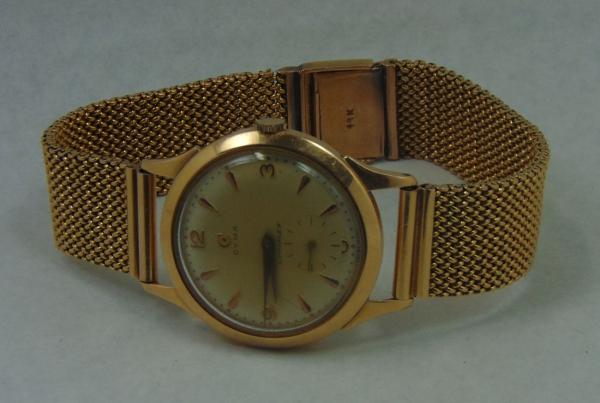 57a1e8484c8 Relógio masculino suíço de pulso dos anos 50 da marca