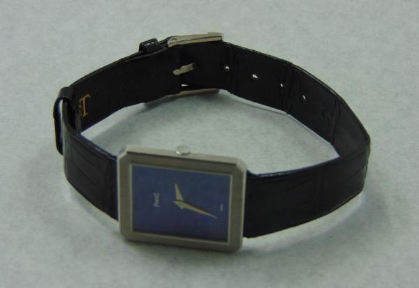 0bca31f2c55 PIAGET. Relógio feminino suíço de pulso da marca
