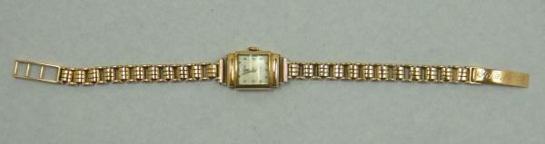 2ffee4681f9 Relógio feminino suíço de pulso da marca