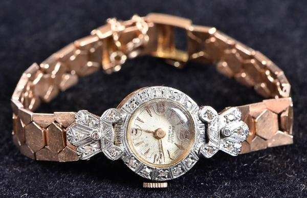 d333f178a32 Relógio feminino suíço de pulso da marca. content image 0