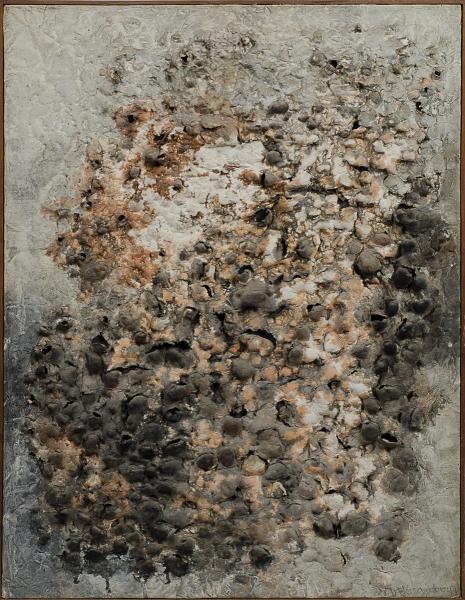 """FRANS KRAJCBERG (1921). """"Sem título"""", pigmentos naturais em relevo s/ papel colado na tela, 65 X 50. Assinado no c.i.d. No verso inscrição """"15-P"""". Década de 60. Reproduzido com foto no catálogo."""