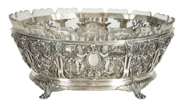 "Esplêndida Jardinier oval em prata francesa contraste ""Cabeça de Mercúrio"", séc.XIX, estilo"