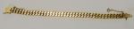 Antiga pulseira em ouro 18k. Peso: 32,5g.