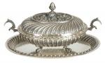 Terrina oval com presentoir em prata portuguesa, contraste