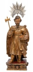 SÃO JUDAS TADEU DE BOTAS. Raríssima imagem em madeira policromada. Alt.: 61cm. Portugal-Séc.XVIII. Acompanha resplendor em prata. Reproduzido com foto no catálogo.